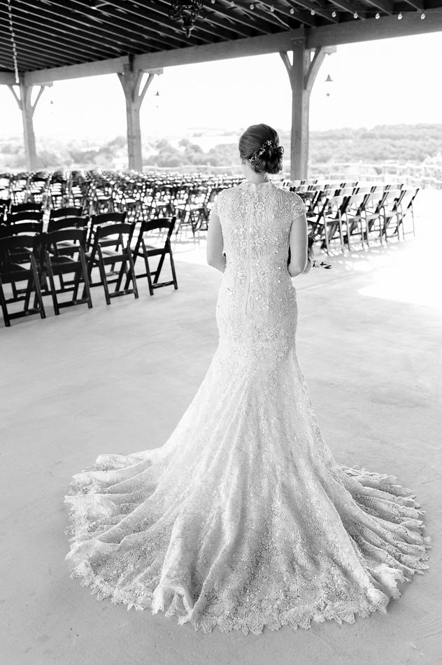 Bride first look, dove ridge vineyard, dallas wedding photographer