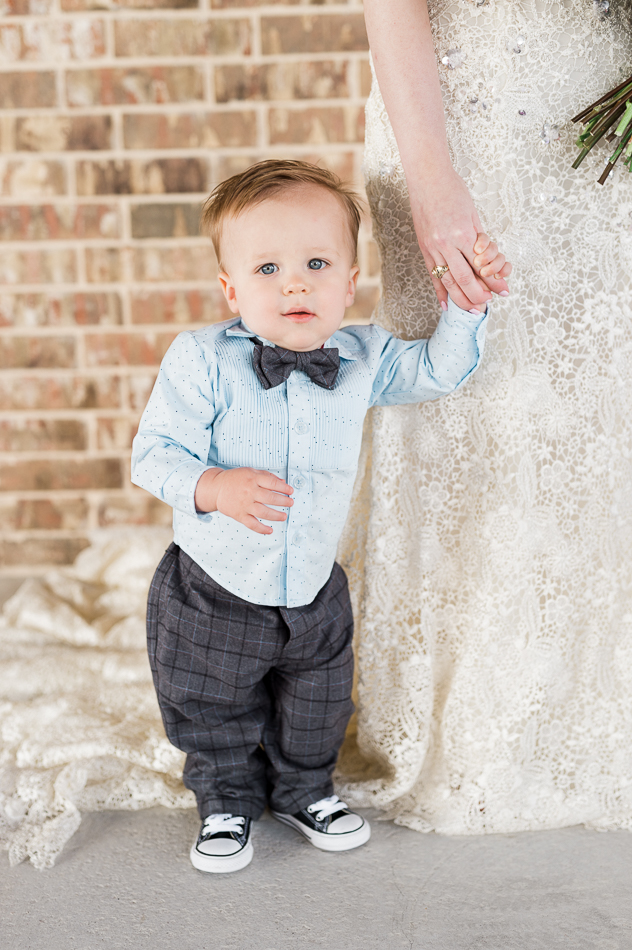 ring bearer with bride, dove ridge vineyard, dallas wedding photographer