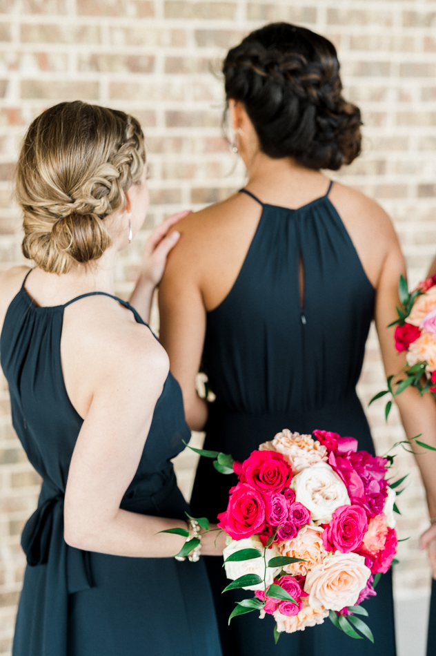 bridesmaids with braids and navy dressesat dove ridge vineyard, dallas wedding photographer